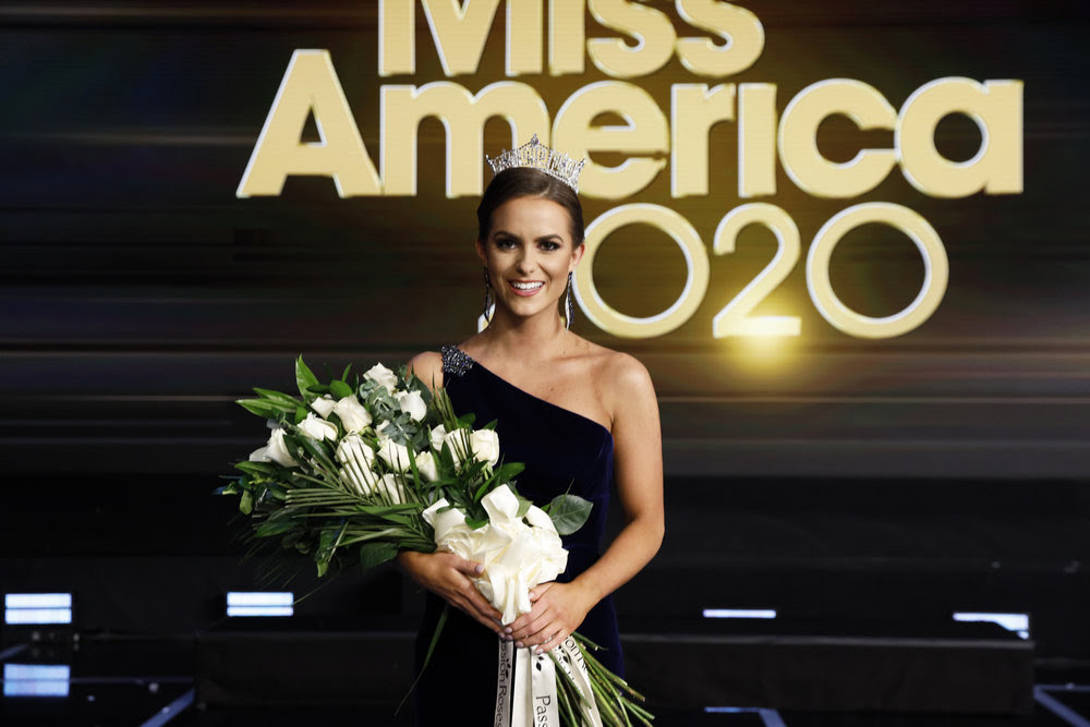 Miss America 2020 Camille Schrier Crowned Live On Nbc Miss